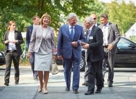 Bundespräsident Gauck besucht das DZNE am 1. September 2016