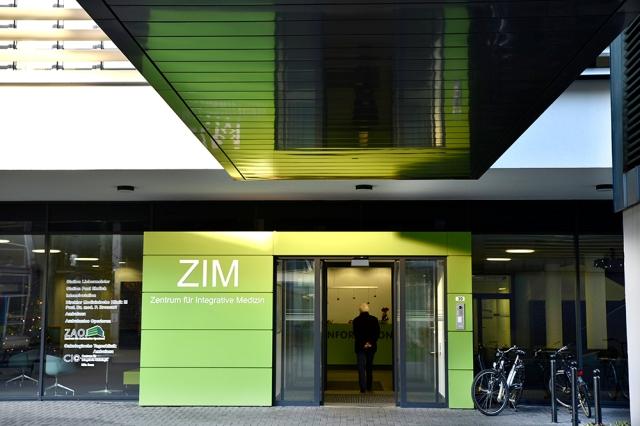ZIM-2016-119139-1000